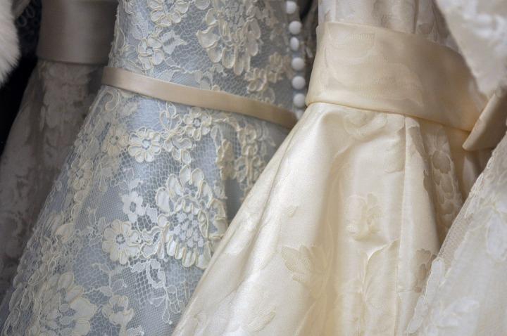 gown-2588238_1920.jpg
